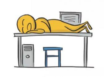"""Những tư thế ngủ """"muôn hình vạn trạng"""" của dân văn phòng"""